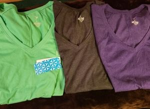 NWT 3 Actv OLD NAVY Green/Gray/Purple Shirts Vneck